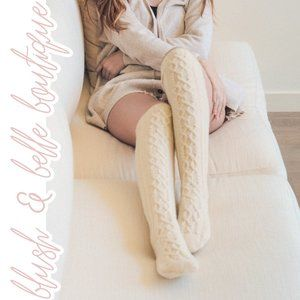 JULES Cable Knit Knee High Socks in Cream